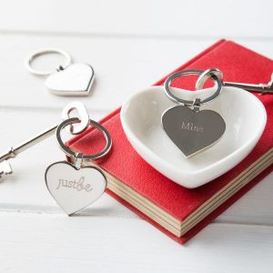 JUSTBE - Mine Engraved Key Ring & Chocolate Gift Set