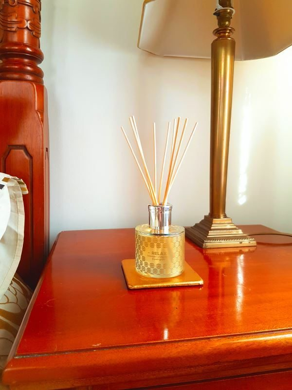 SHUI ME - Relax - luxury, organic, aromatherapy reed diffuser