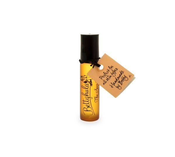 BETTY HULA The Secret Wonder Oil on-the-go roller-ball