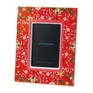 "WEDGWOOD Wonderlust Crimson Jewel 4x6"" Picture Frame"